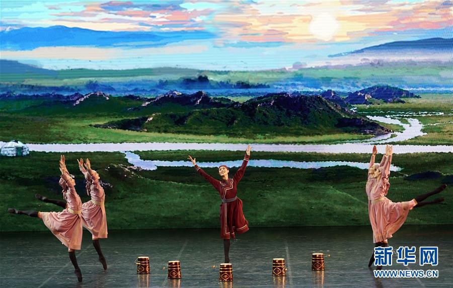 (文化)(3)《中央芭蕾舞团建团60周年GALA》在京上演