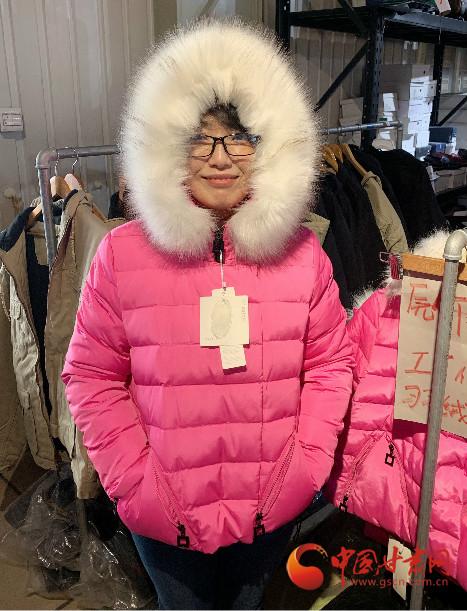 """""""新年新衣""""已在路上 天津爱心团队捐赠280件棉衣即将运抵兰州"""