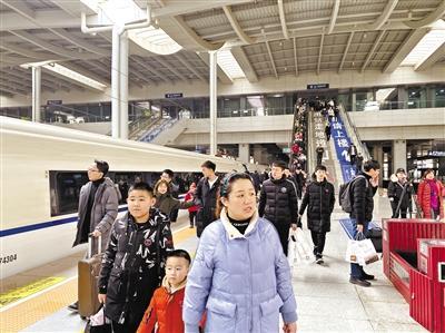 春运10天来 兰铁集团累计发送旅客232.8万人