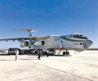 甘肃省政府境外采购医疗物资包机昨日顺利抵兰