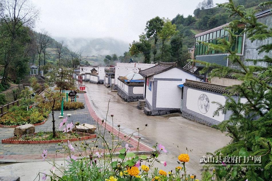 武山县温泉镇棋盘村、龙台镇马年村、榆盘镇榆盘村被认定为第二批国家森林乡村