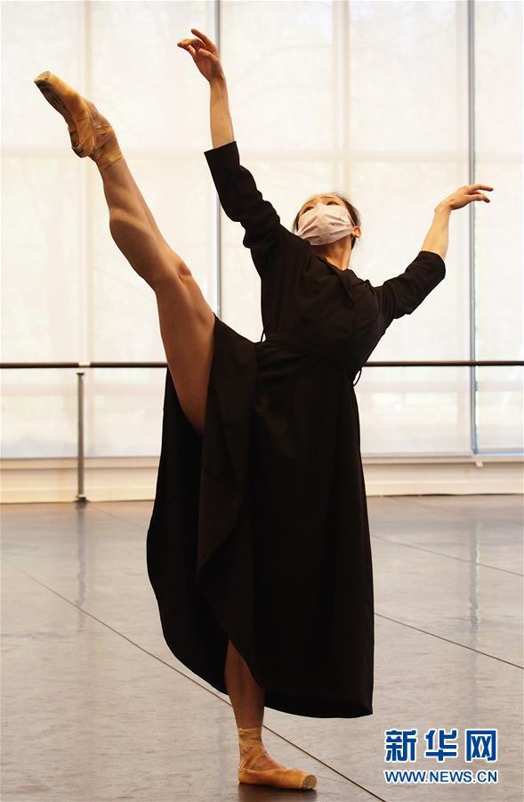 """(文化)(1)上海芭蕾舞团排练新作致敬""""逆行者"""""""