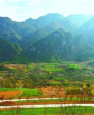 甘肃省将建设23条农村扶贫公路