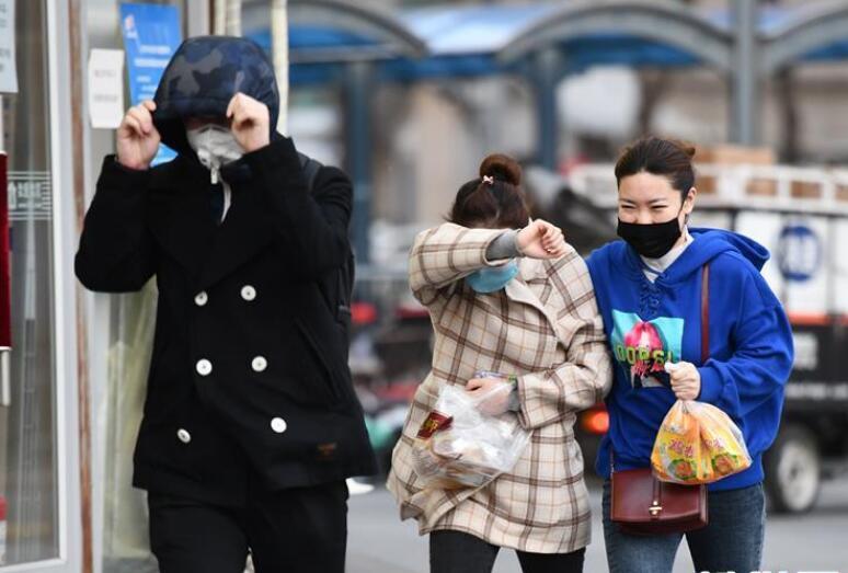 北京出现大风天气
