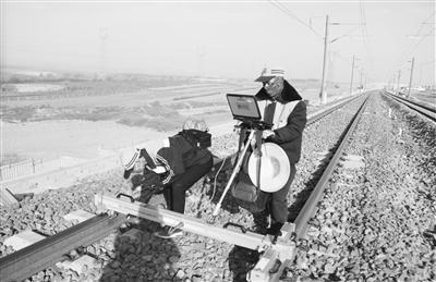 进入轨道静态精调阶段 银西高铁预计年内开通