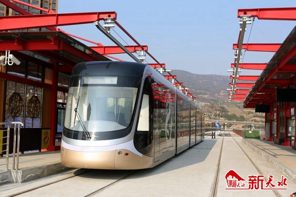 王锐调研有轨电车示范线一期工程、工业博物馆等项目建设情况