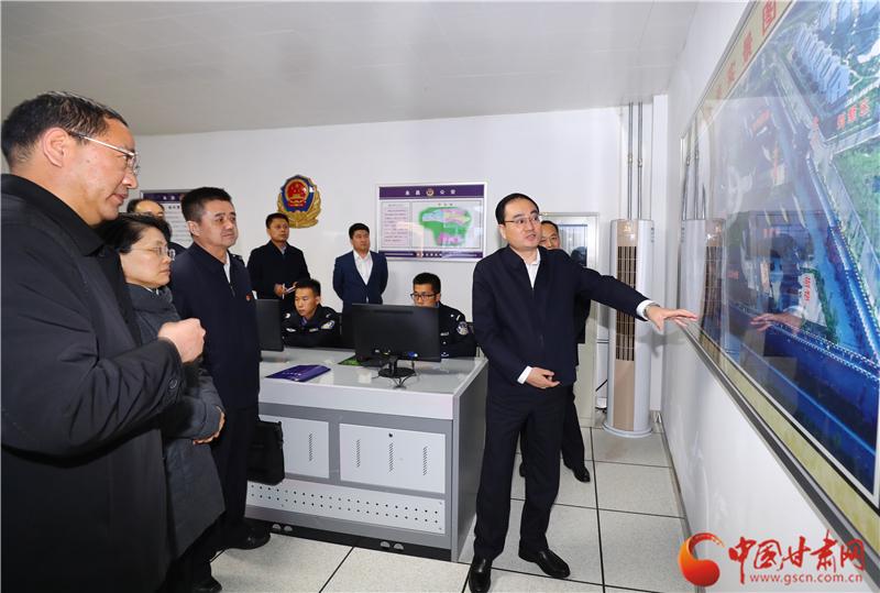 余建赴金昌武威调研公安工作(图)