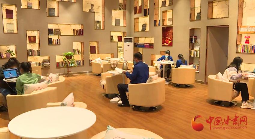 敦煌市图书馆恢复对公众开放(图)