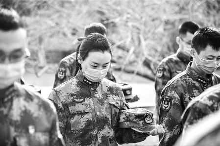 深切缅怀 同心奋进——甘肃省各地深切悼念新冠肺炎疫情牺牲烈士和逝世同胞