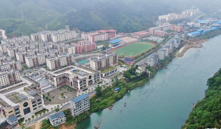 贵州锦屏:发展扶贫车间 助力贫困人口家门口就业