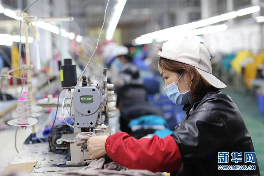 #(社会)(1)贵州锦屏:发展扶贫车间 助力贫困人口家门口就业