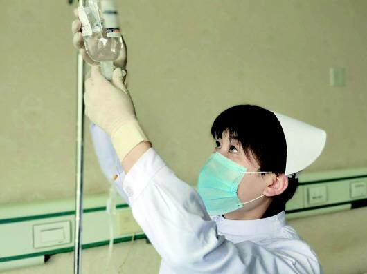 病毒也没那么可怕——泾川县中医医院吕立萱援鄂侧记