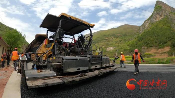【甘肃省决战决胜脱贫攻坚】2020年甘肃将新改建农村公路1.1万公里以上