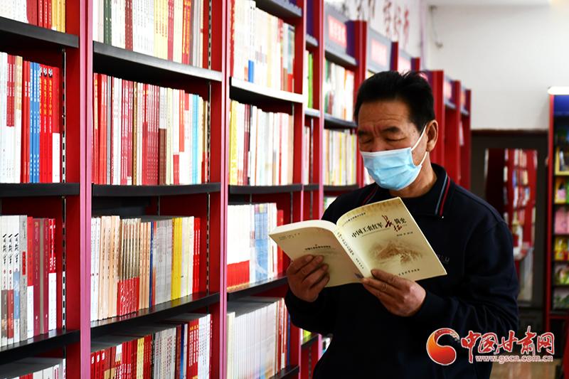 世界读书日丨甘肃瓜州:线上线下联动 助推全民阅读(图)