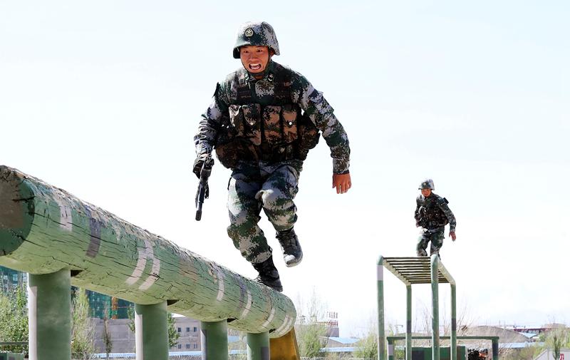 """陆军第76集团军某旅:训练场上""""战味""""十足"""