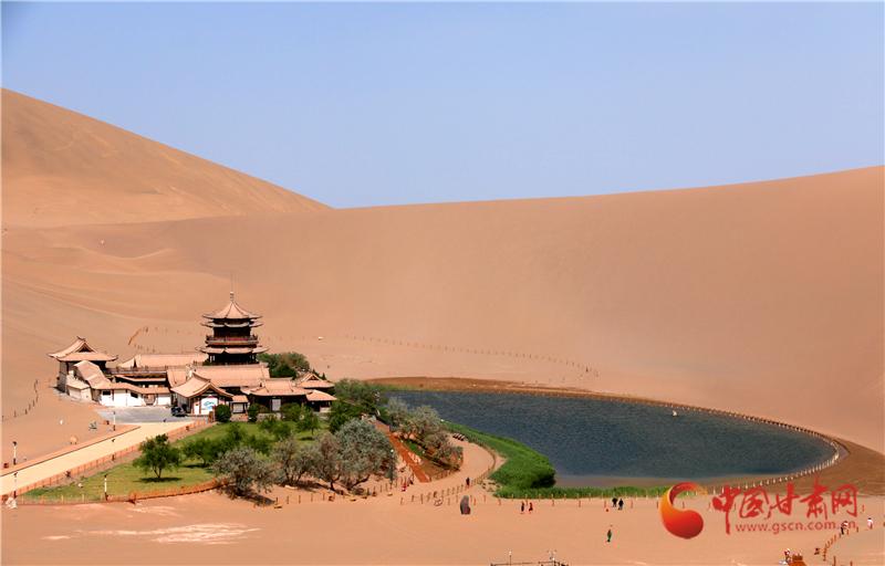中国旅游日:赏大漠风光 品丝路风情(组图)