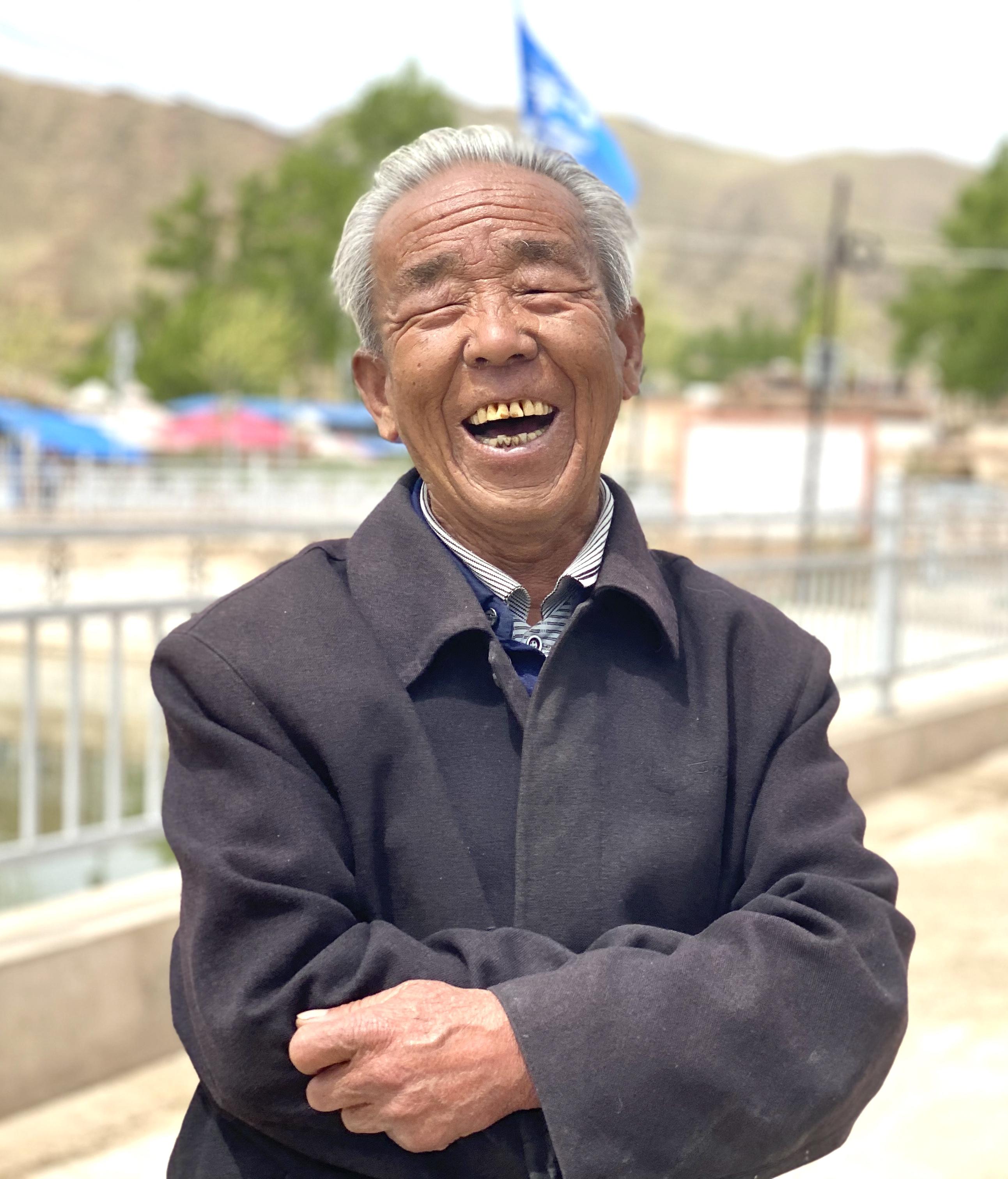 笑脸话兰州经验④丨美美的笑容 大大的幸福(海报)