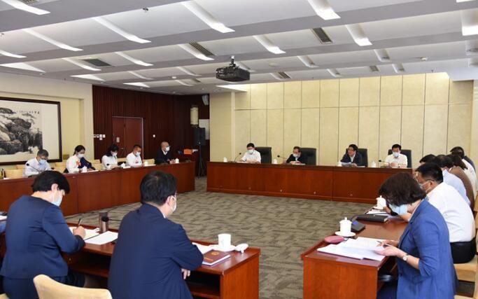 【两会快讯】甘肃代表团分组审议全国人大常委会工作报告,林铎参加第一小组会议并发言