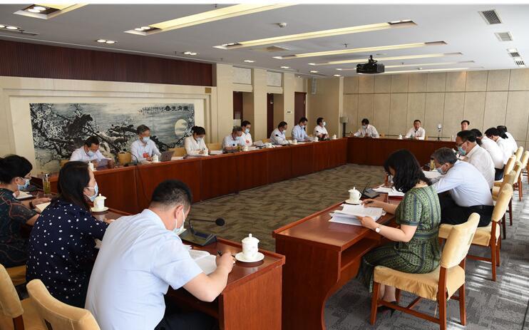 【两会快讯】甘肃代表团分组审议全国人大常委会工作报告,唐仁健参加第二小组会议并发言