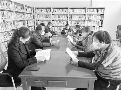 """兰州西固区加大农家书屋建设力度——建立文化""""加油站"""""""
