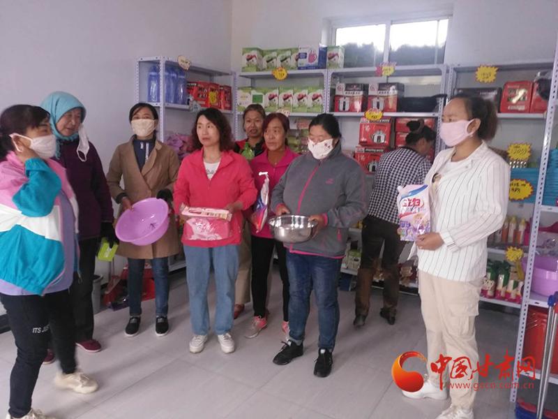 临泽鸭暖镇:家美小积分带动环境
