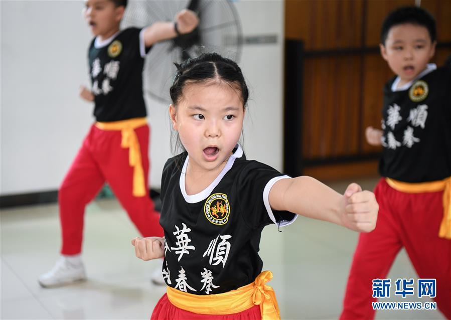 (社会)(4)广东佛山:建设村民活动场所 丰富群众文化生活