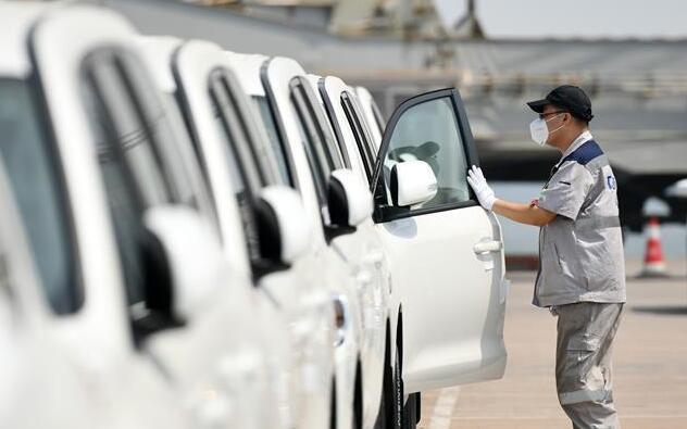 数千辆平行进口车运抵天津港