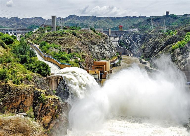 黄河兰州段2020年第1号洪水袭来昨日最高流量已达2780立方米/秒