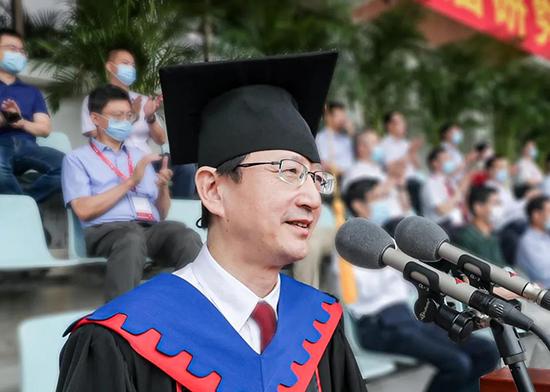 浙江大学校长吴朝晖寄语研究生:争做新一轮全球创新的引领者