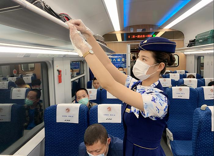 2020年暑运大幕开启 全国铁路实施新图