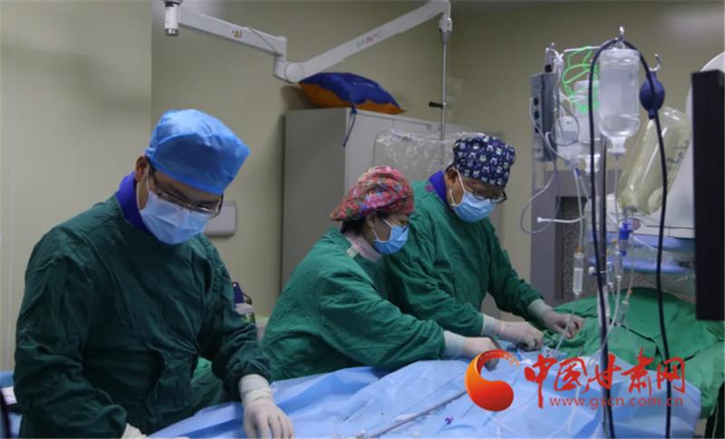 """2克""""胶囊""""能干什么?——甘肃省首例Micra无导线起搏器植入术"""