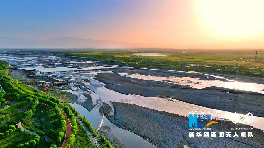 """【""""飞阅""""中国】张掖甘州:祁连山下""""弱水""""两岸绿意浓"""