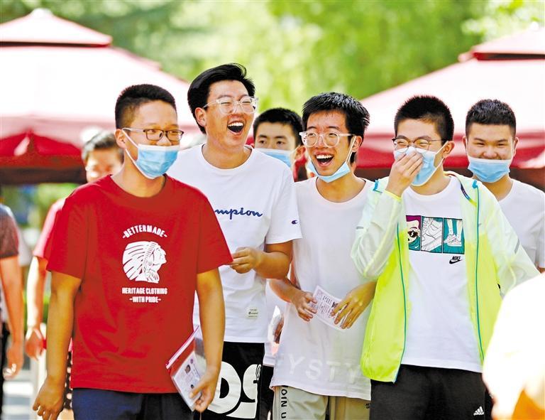 关注甘肃高考丨青春的面孔 自信的笑容
