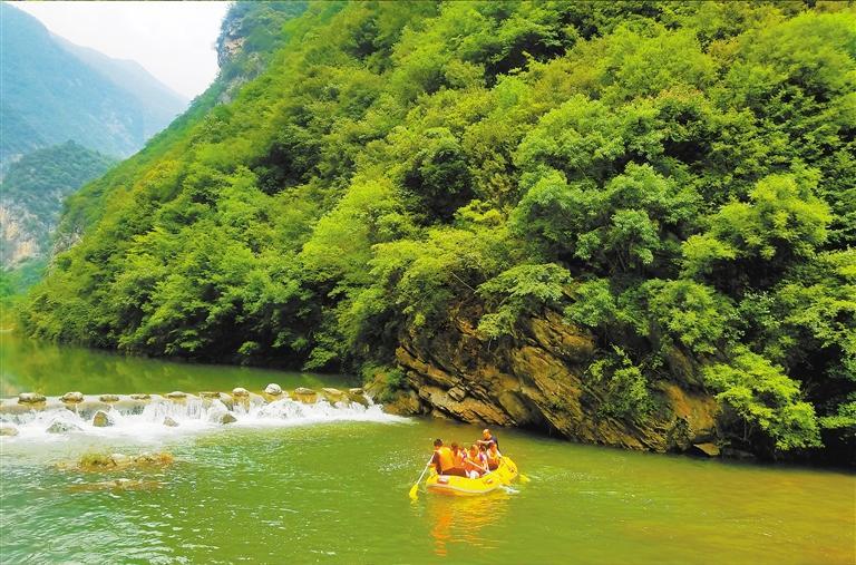 陇南:三滩月亮峡 向往清泉翠谷 相约这个夏天