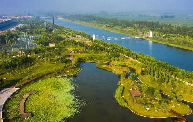 河北武邑:旧河道变身生态公园