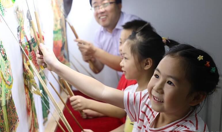 """河北唐山:暑假里的""""非遗""""小课堂"""