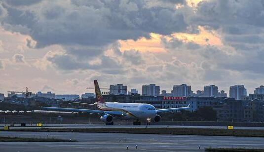海口美兰国际机场二期项目开始试飞