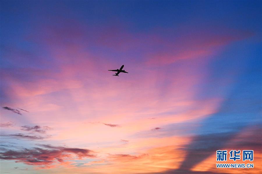 (经济)(5)海口美兰国际机场二期项目开始试飞