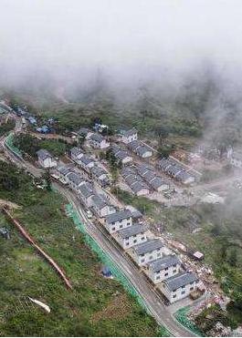 甘肃省实现乡镇和建制村通硬化路全覆盖