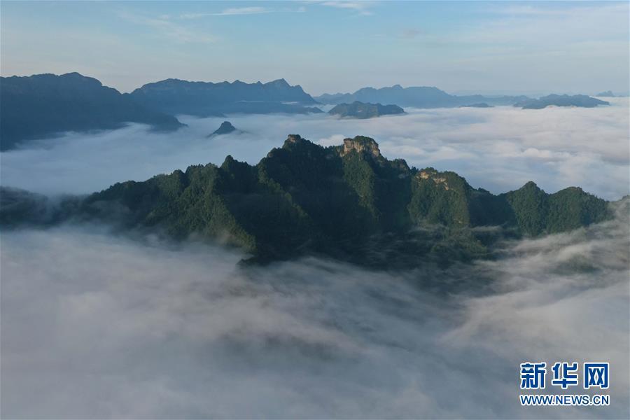 #(美丽中国)(8)湖北利川:云海似画卷