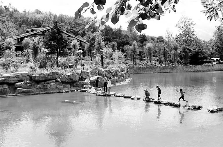 陇南康县4景区恢复开放