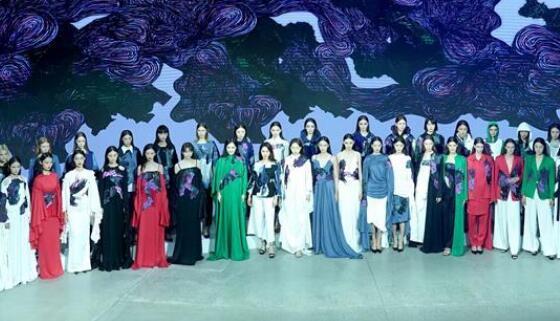 北京时装周开幕秀
