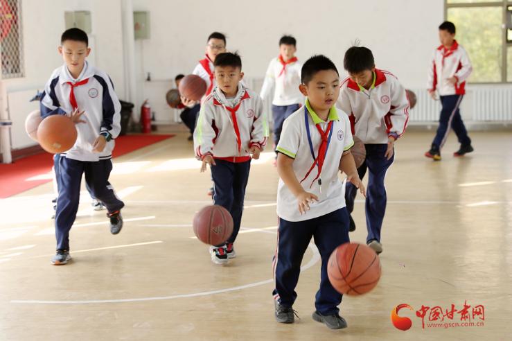 【直击嘉峪关变迁】优化教育资源 这是明珠学校孩子们的起跑线