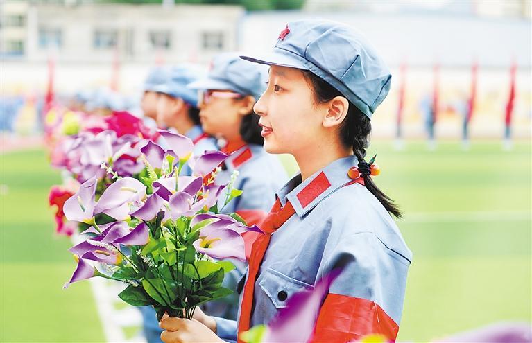 """甘肃教育丨""""小小军运会"""" 传承红色基因"""