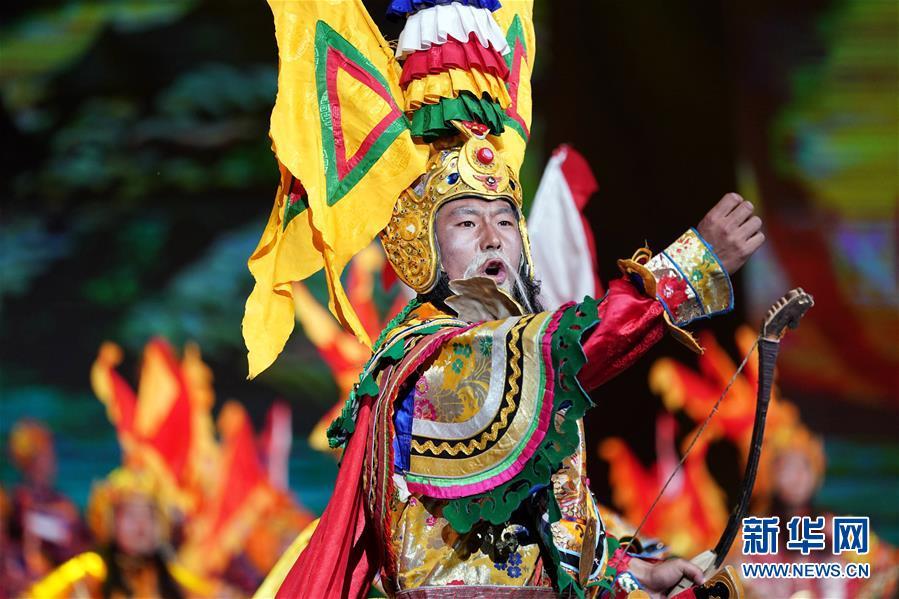 (西藏昌都解放70周年)(4)庆祝昌都解放70周年专场文艺晚会在昌都举行