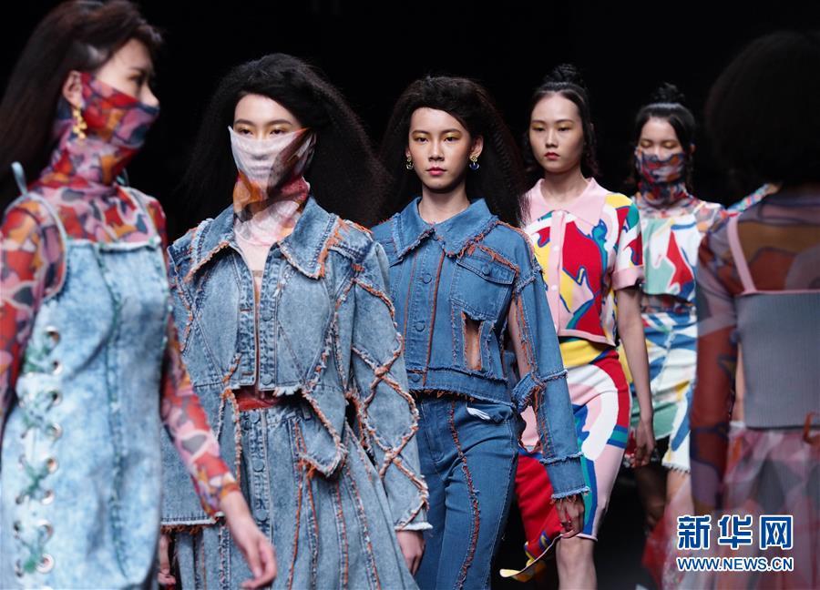 (社会)(2)2021春夏上海时装周精彩纷呈