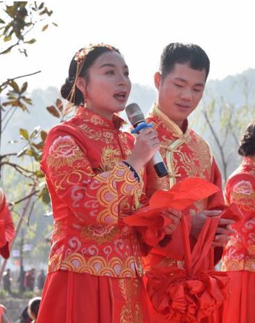 """甘肃省首批8名特邀颁证员就位""""双11""""新人结婚满满仪式感"""