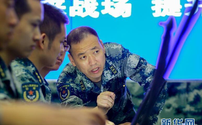 数据制胜,初心如磐向空天——记中部战区空军某雷达旅工程师刘志成