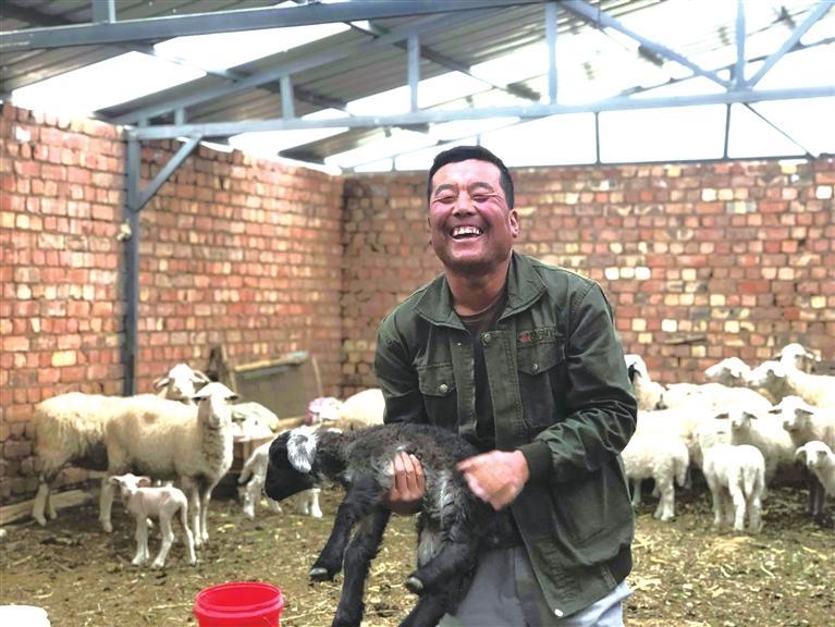 认准养殖业 干好总能赚 从养殖到农家乐 永登县五端村外出务工人员回乡创业显身手