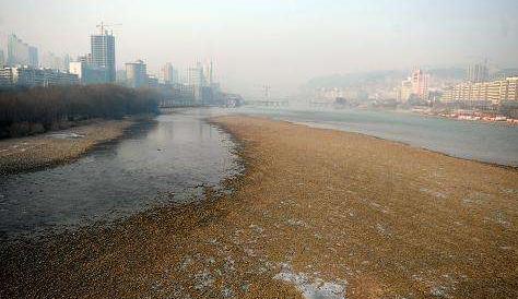 市民:黄河水位大降会不会影响供水? 水务部门:枯水期流量偏小属于正常现象